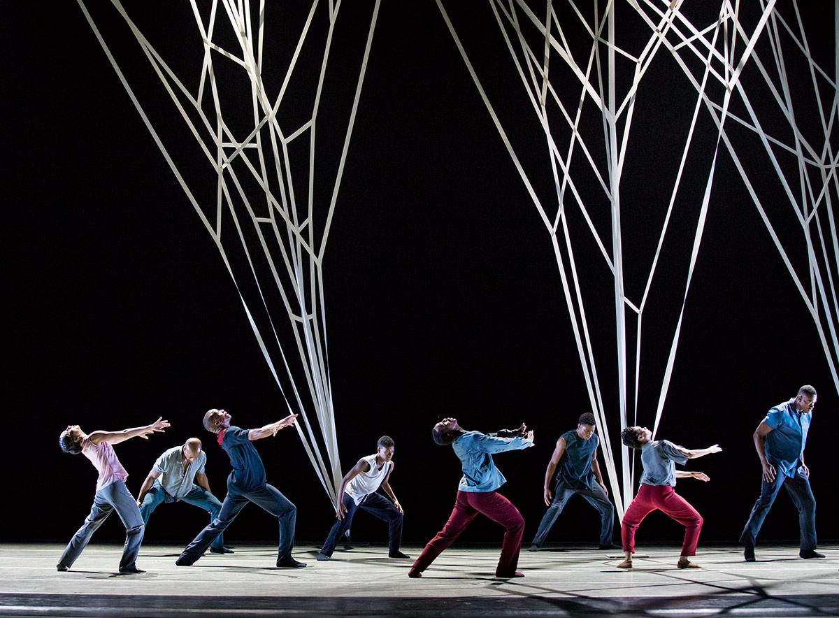 Alvin Ailey American Dance Theater in Gustavo Ramirez Sansano's Victoria.© Christopher Duggan. (Click image for larger version)