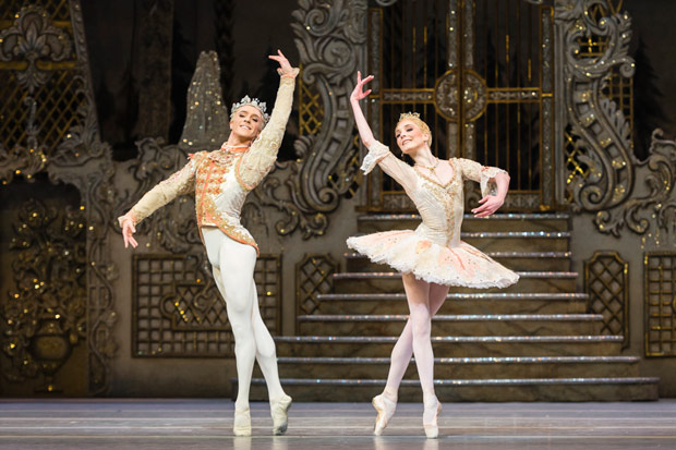 Steven McRae and Sarah Lamb in <I>The Nutcracker</I>.<br />© Foteini Christofilopoulou, courtesy the Royal Opera House. (Click image for larger version)