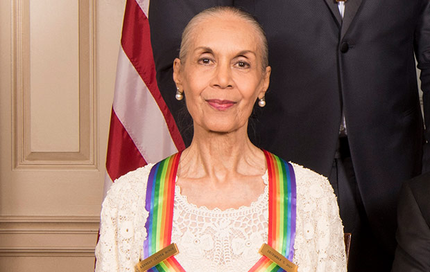 Carmen de Lavallade immediately after receiving her Honors medallion.<br />© John P. Filo/CBS. (Click image for larger version)