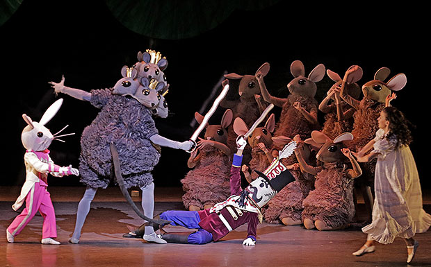 Miami City Ballet in <I>The Nutcracker</I>.<br />© Lawrence K. Ho. (Click image for larger version)