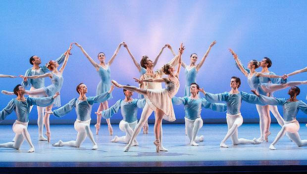 Suzanne Farrell Ballet, with Heather Ogden and Thomas Garrett, center, and the corps de ballet, in <I>Chaconne</I>, choreography by George Balanchine © The George Balanchine Trust.(phew!)<br />Image © Paul Kolnik. (Click image for larger version)
