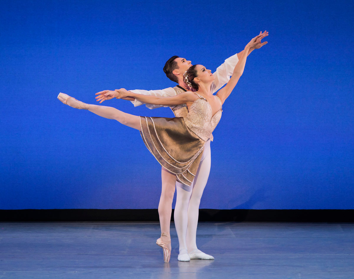Natalia Magnicaballi and Michael Cook in Gounod Symphony.© Paul Kolnik. (Click image for larger version)