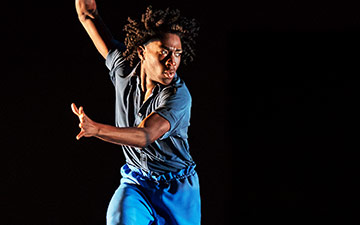 Chalvar Monteiro in Jamar Roberts' Members Don't Get Weary.© Paul Kolnik. (Click image for larger version)