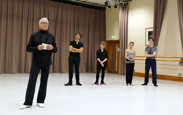 Particpants the <I>Le Rossignol</I> masterclass: Anthony Dowell, Gary Avis (repetiteur), Lorraine Gregory (notator), Anna Rose O'Sullivan, William Bracewell.<br />© Rachel Thomas. (Click image for larger version)