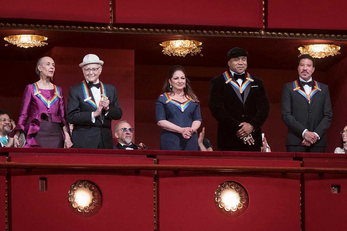 "The ""Box Shot"" – The 2017 Kennedy Center Honors recipients incl Carmen de Lavallade. © Scott Suchman. (Click image for larger version)"