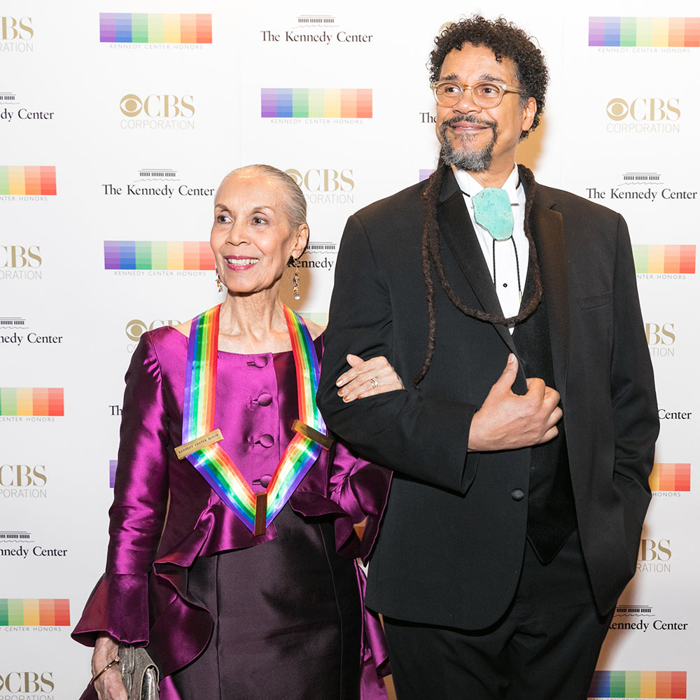 Carmen de Lavallade and son Leo Holder arrive for the 40th annual Kennedy Center Honors, December 3, 2017.© Tracey Salazar. (Click image for larger version)