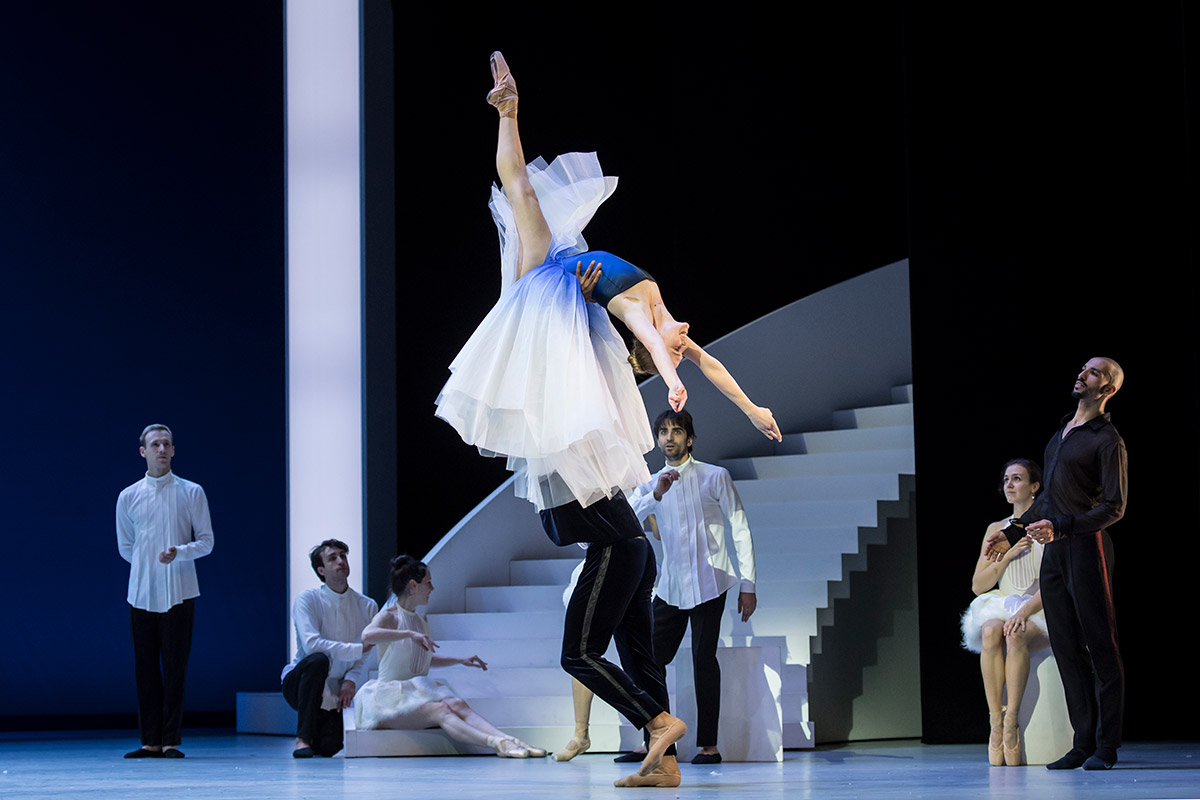 Les Ballets de Monte Carlo in The Taming of the Shrew.© Alice Blangero. (Click image for larger version)