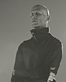 Wayne McGregor.© Rick Guest. (Click image for full version)