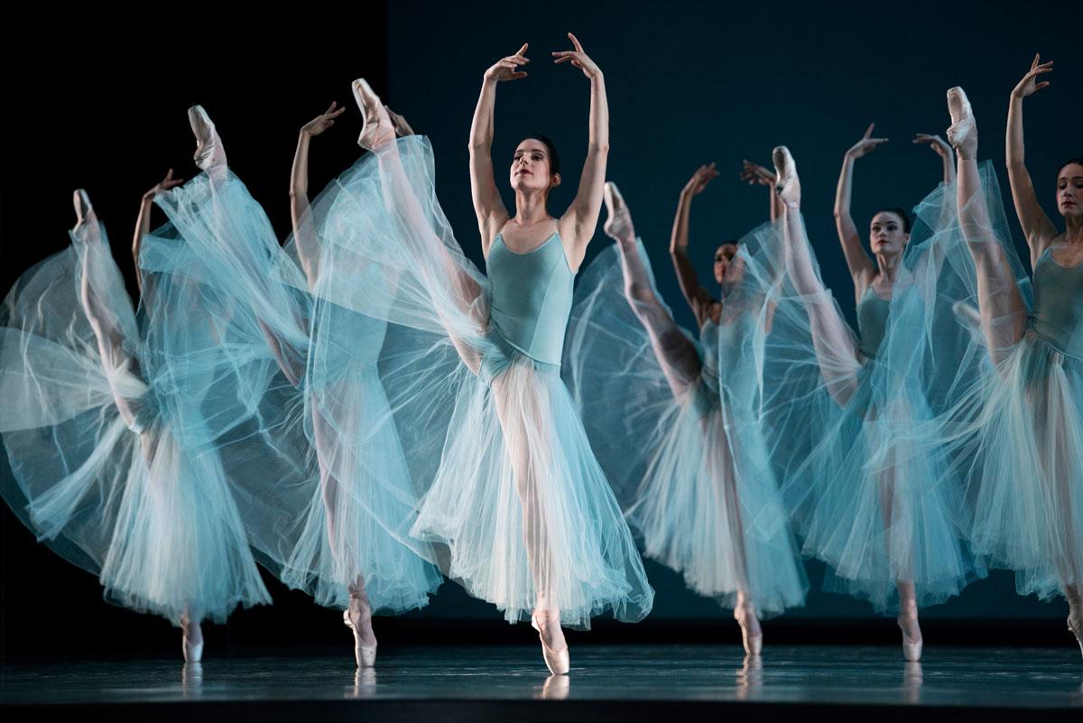 San Francisco Ballet in Balanchine's Serenade, Choreography by George Balanchine © The Balanchine Trust.© Erik Tomasson. (Click image for larger version)