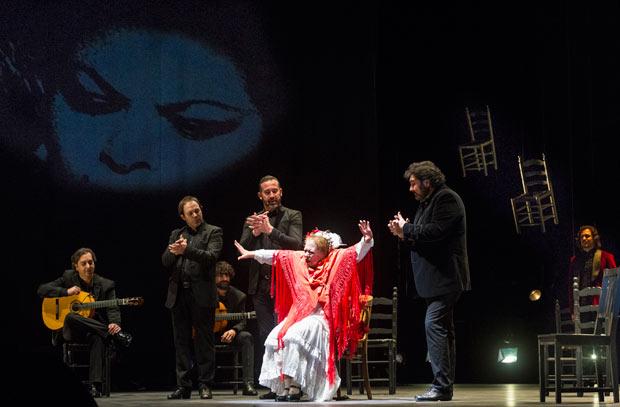La Chana in <I>Goddess of Compás</I>.<br />© Foteini Christofilopoulou. (Click image for larger version)