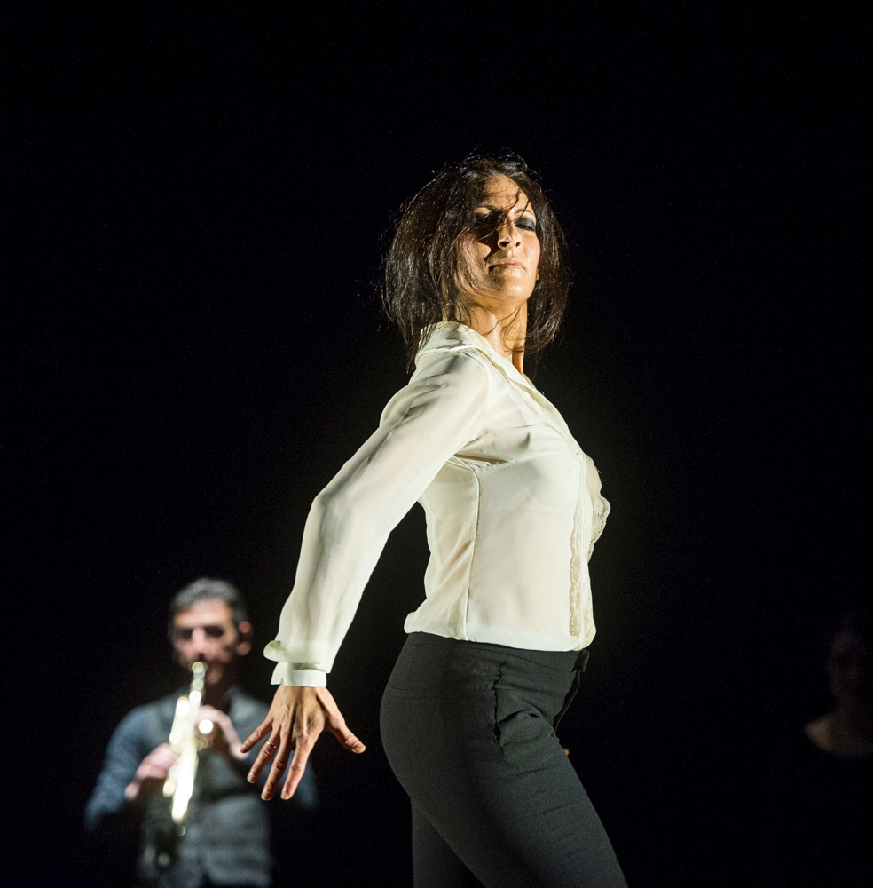 Úrsula López in Painter and Flamenco: J.R.T..© Foteini Christofilopoulou. (Click image for larger version)