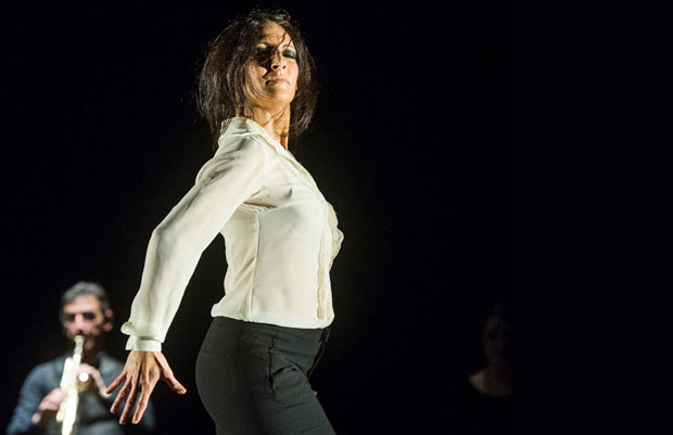 Úrsula López in <I>Painter and Flamenco: J.R.T.</I>.<br />© Foteini Christofilopoulou. (Click image for larger version)