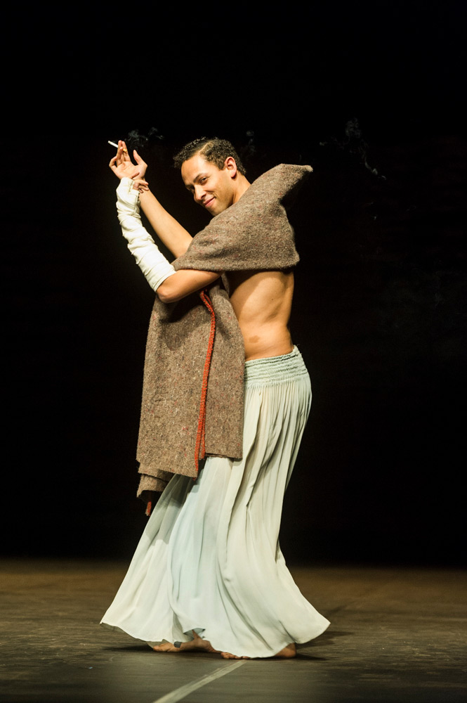 Jonathan Fredrickson in <I>Viktor</I>.<br />© Foteini Christofilopoulou. (Click image for larger version)