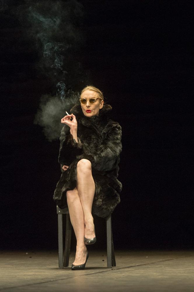Julie Shanahan in Viktor.© Foteini Christofilopoulou. (Click image for larger version)