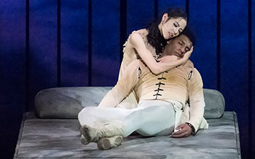 EunWon Lee and Gian Carlo Perez in Romeo and Juliet.© Gene Schiavone. (Click image for larger version)