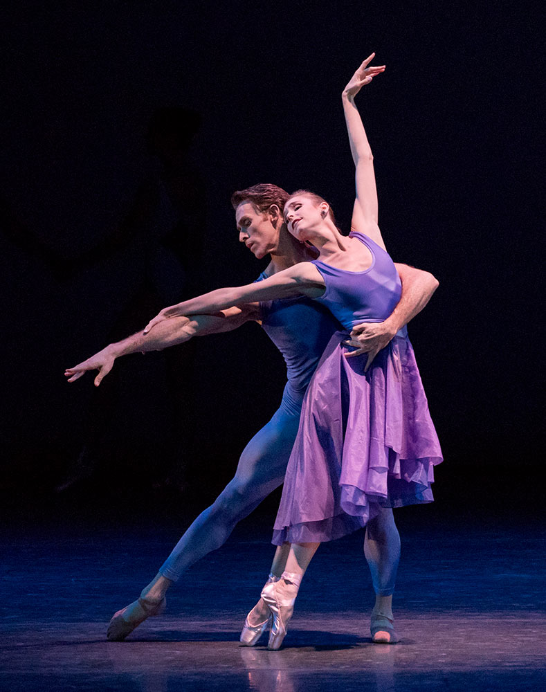 Ashley Laracey and Danchig-Waring in Peter Walker's Dance Odyssey.© Paul Kolnik. (Click image for larger version)