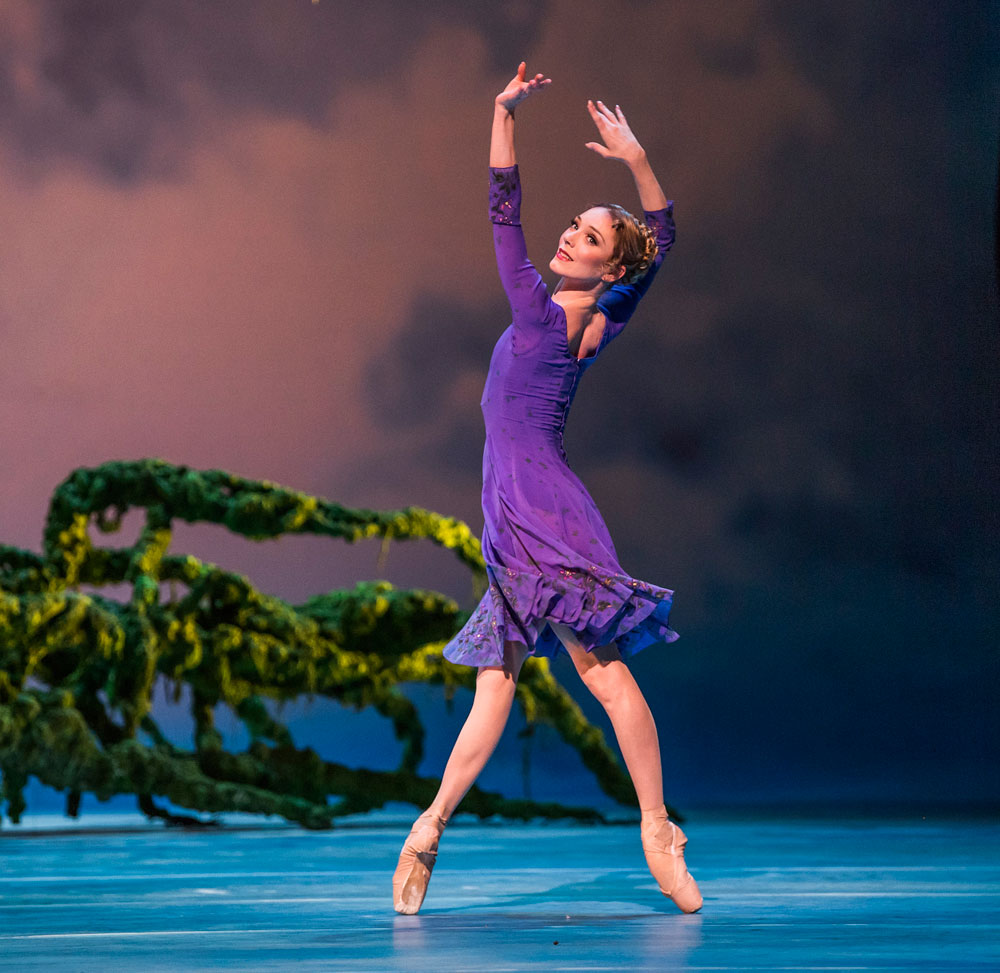 Sarah Lamb in The Winter's Tale.© Tristram Kenton, courtesy the Royal Opera House. (Click image for larger version)