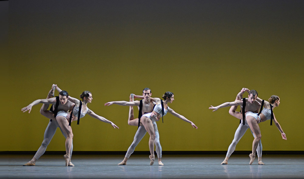 David Donnelly, Charlotte Tonkinson, David Yudes, Isabella Gasparini, Kevin Emerton and Camille Bracher in Christopher Wheeldon's Corybantic Games.© Dave Morgan, courtesy the Royal Opera House. (Click image for larger version)