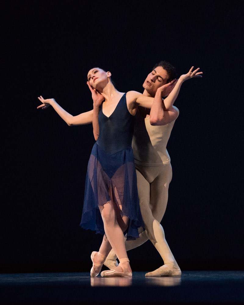 Sarah Van Patten and Carlo Di Lanno in Robbins' Opus 19 / The Dreamer.© Erik Tomasson. (Click image for larger version)