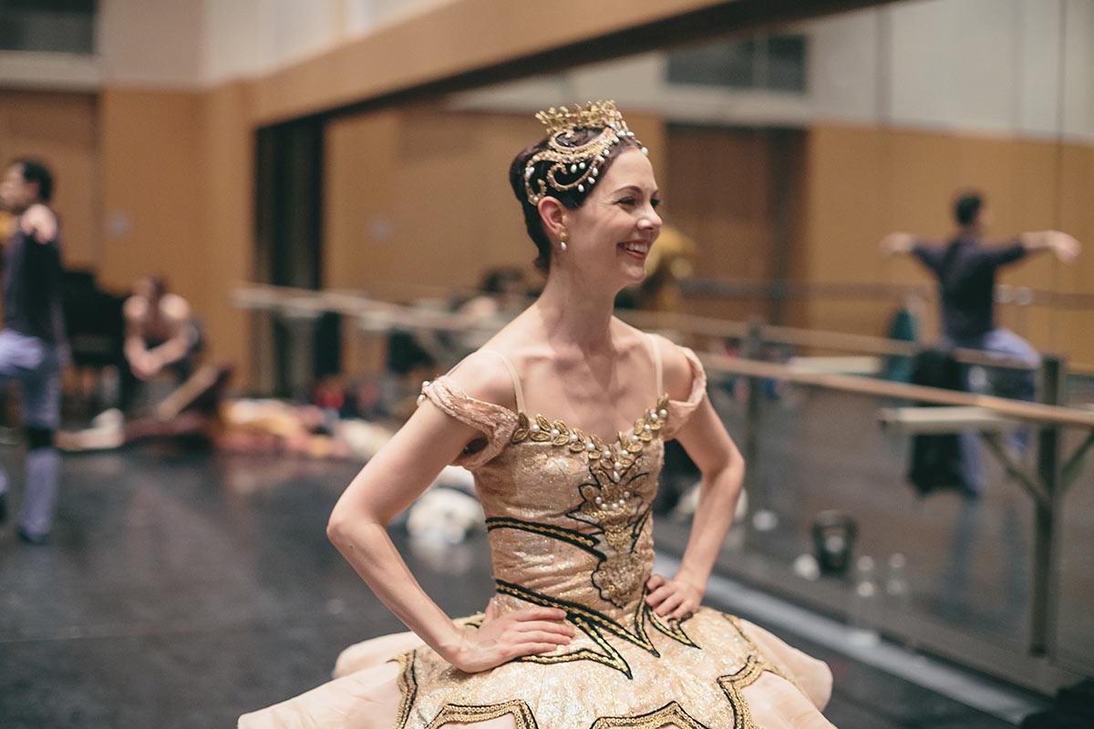 Jillian Vanstone backstage at The Sleeping Beauty.© Karolina Kuras. (Click image for larger version)