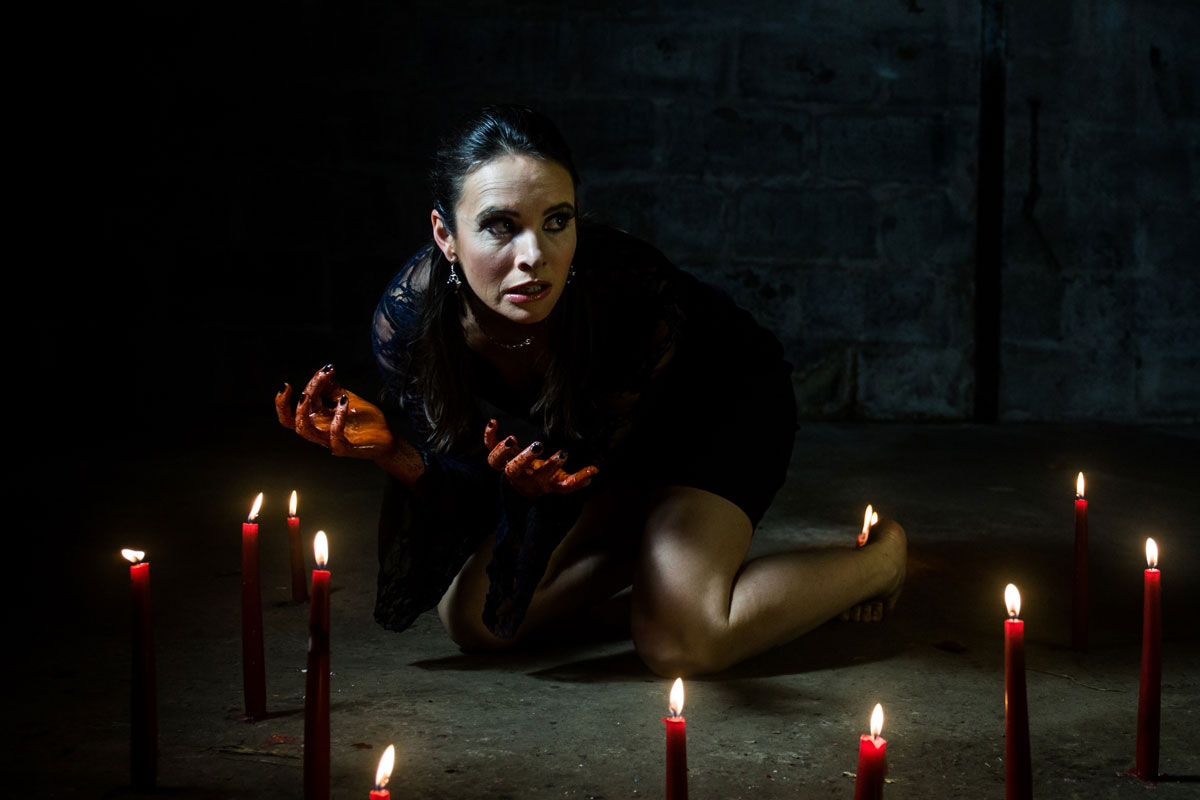 Eleanor Duval in Macbeth.© Nicole Guarino. (Click image for larger version)