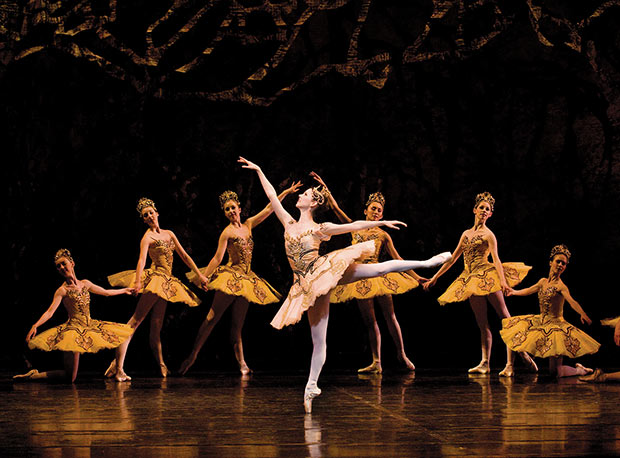 Jillian Vanstone in <I>The Sleeping Beauty</I>.<br />© Sian Richards. (Click image for larger version)
