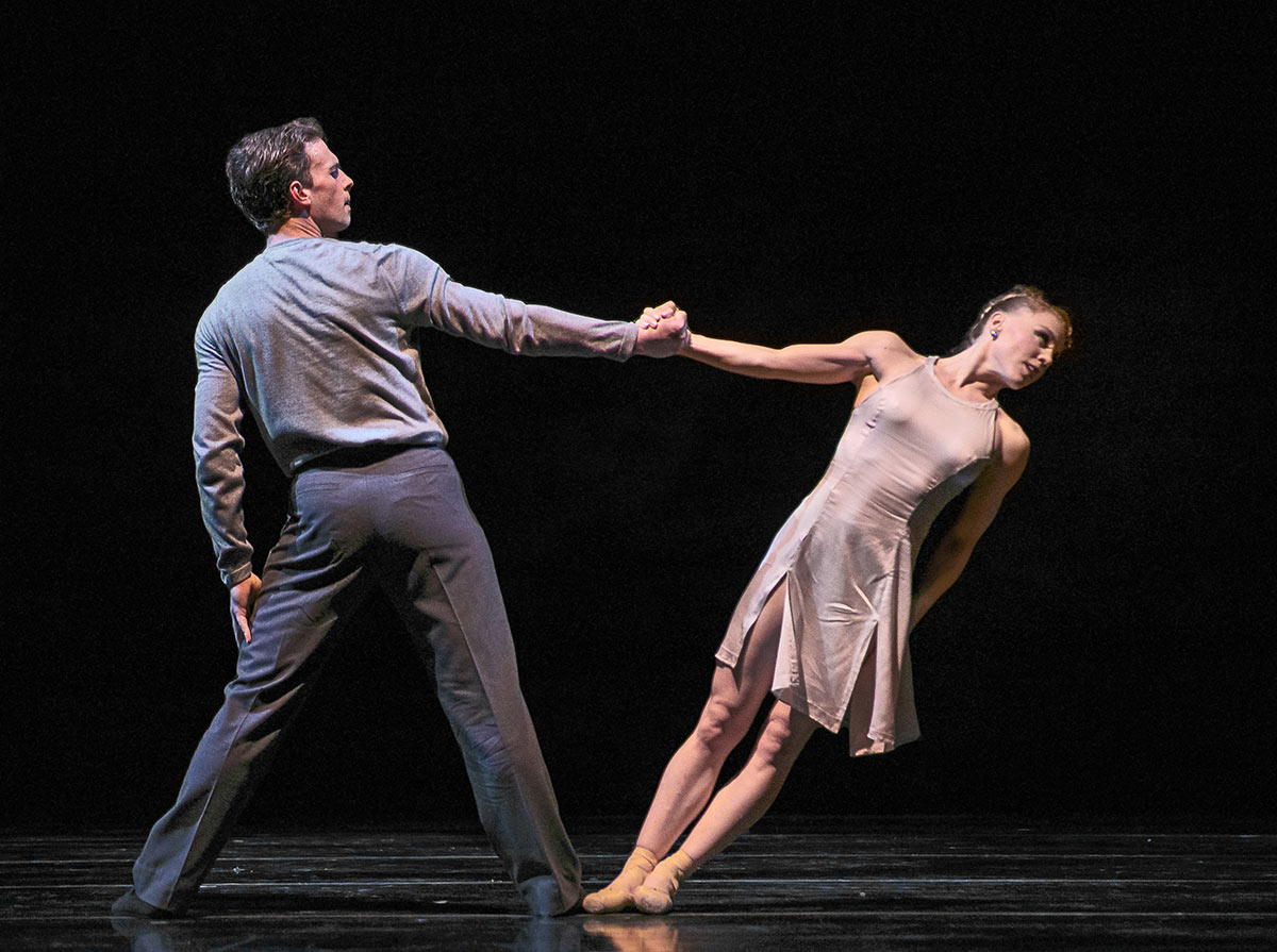 Robert Kretz and Lauren Pschirrer in Amy Seiwert's Falling Up.© Chris Hardy. (Click image for larger version)