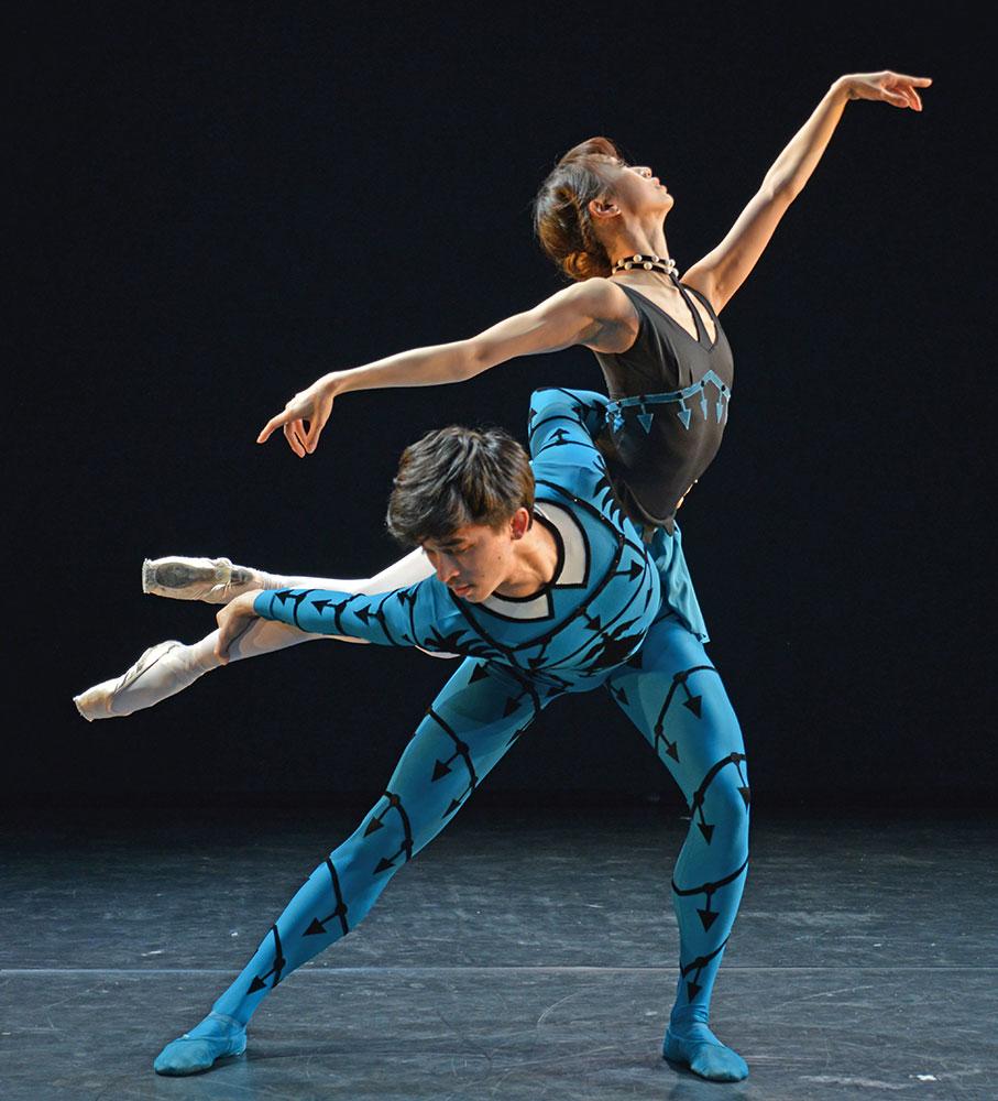 In rehearsal - Akane Takada and Benjamin Ella in Danses Concertantes.© Dave Morgan. (Click image for larger version)