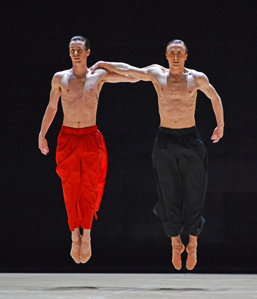 Calvin Richardson and Matthew Ball in Obsidian Tear. © Dave Morgan, courtesy the Royal Opera House. (Click image for larger version)