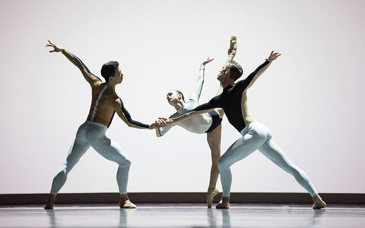 San Francisco Ballet in Dawson's Anima Animus.© Erik Tomasson. (Click image for larger version)