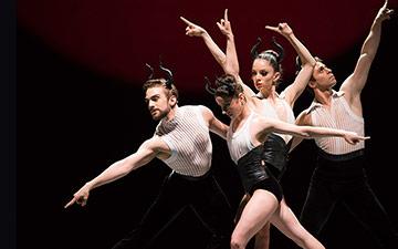 San Francisco Ballet in Annabelle Lopez Ochoa's Guernica.© Erik Tomasson. (Click image for larger version)