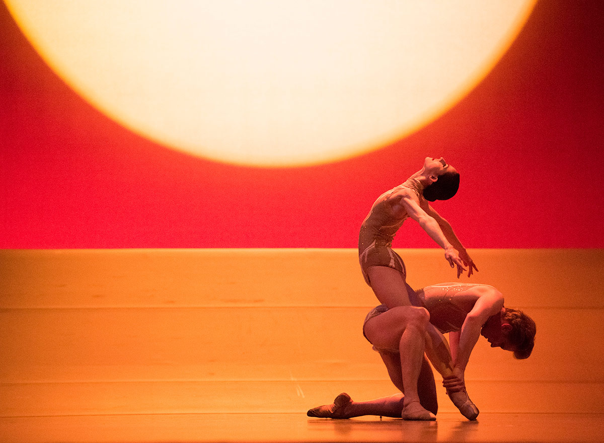 Sofiane Sylve and Tiit Helimets in Liang's The Infinite Ocean.© Erik Tomasson. (Click image for larger version)