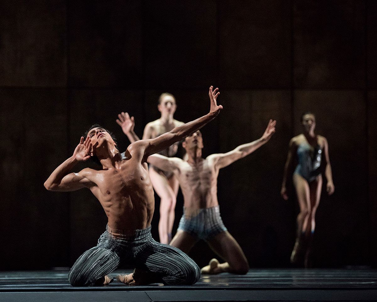 Esteban Hernandez in Rhoden's Let's Begin at the End.© Erik Tomasson. (Click image for larger version)
