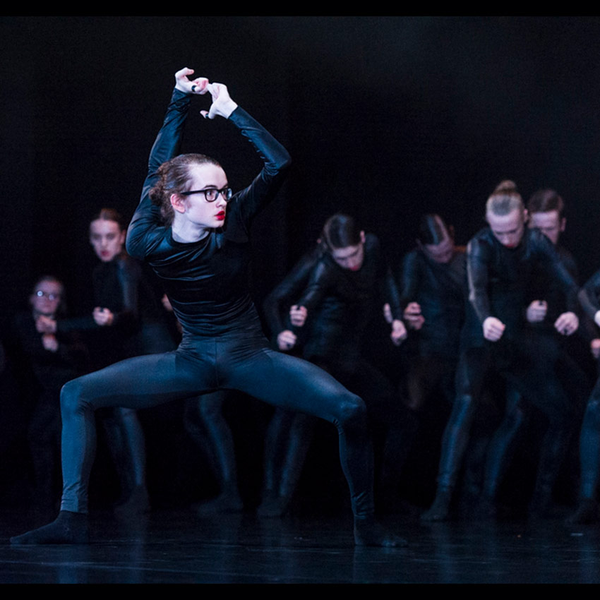 National Youth Dance Company in Sharon Eyal's <I>Used To Be Blonde</I>.<br />© Foteini Christofilopoulou. (Click image for larger version)