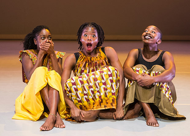 Uchenna Dance in <I>The Head Wrap Diaries</I>.<br />© Foteini Christofilopoulou. (Click image for larger version)