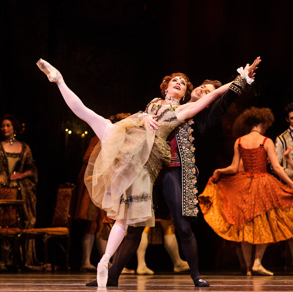 Claire Calvert and Alexander Campbell in Manon.© Foteini Christofilopoulou, courtesy the Royal Opera House. (Click image for larger version)