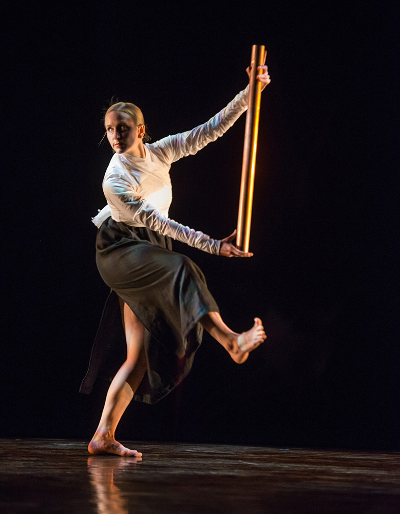 Mark Morris Dance Group in Serenade.© Stephanie Berger. (Click image for larger version)