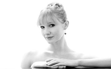 Melissa Hamilton.© Andrej Uspenski. (Click image for larger version)