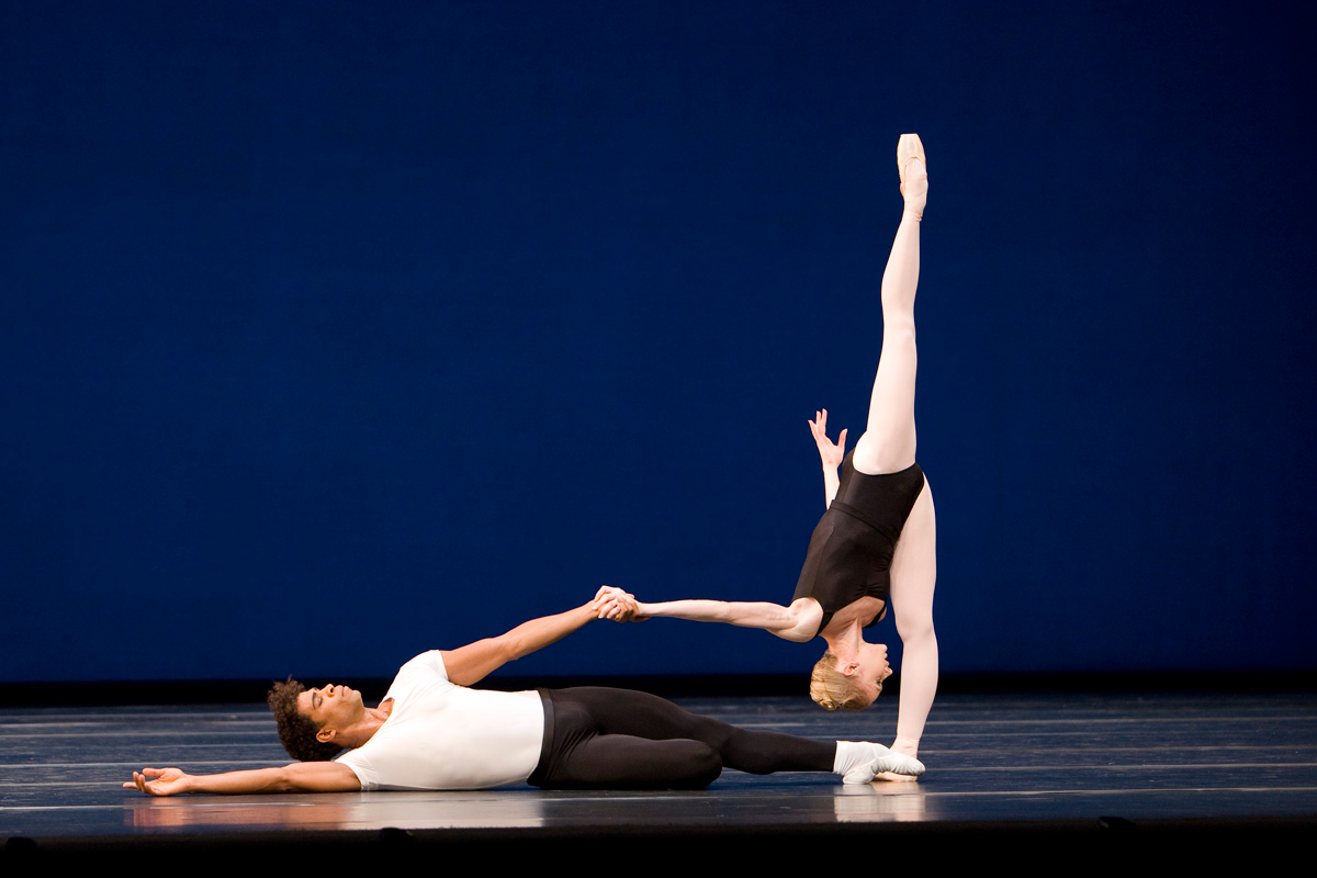 Carlos Acosta and Melissa Hamilton in Agon.© Bill Cooper, courtesy the Royal Opera House. (Click image for larger version)