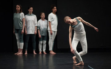 Julie Cunningham & Company in Sarah Kane's Crave.© Chris Nash. (Click image for larger version)