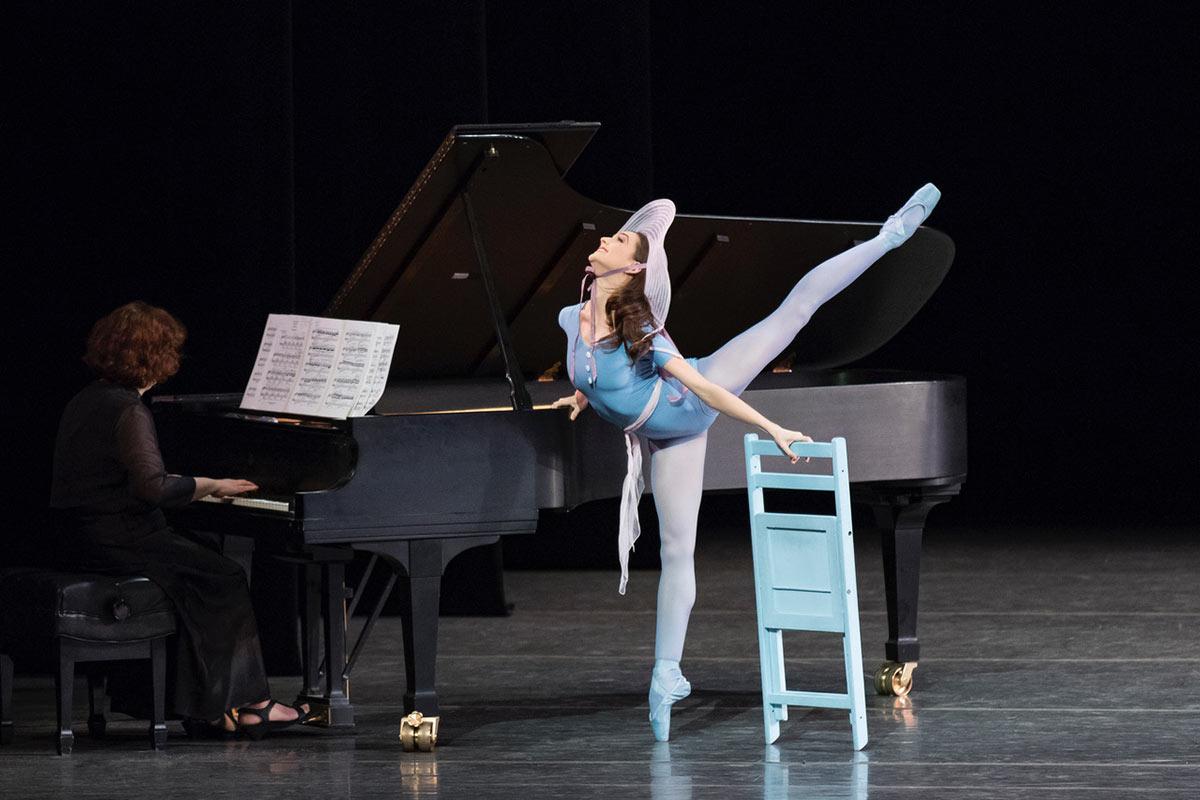 Lauren Lovette in The Concert.© Paul Kolnik. (Click image for larger version)