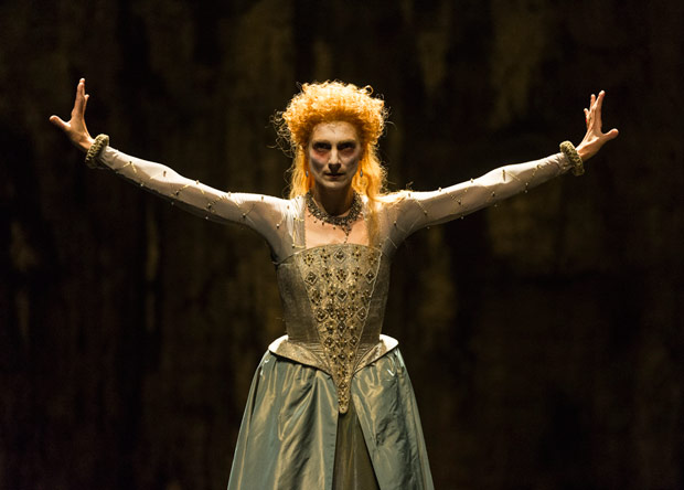 Zenaida Yanowsky in Will Tuckett's <I>Elizabeth</I>.<br />© Foteini Christofilopoulou, courtesy the Royal Opera House. (Click image for larger version)