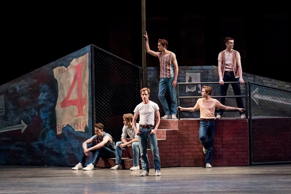 New York City Ballet in West Side Story Suite.© Paul Kolnik. (Click image for larger version)