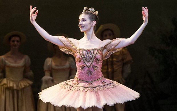 Alina Cojocaru in <I>The Sleeping Beauty</I>.<br />© Foteini Christofilopoulou. (Click image for larger version)