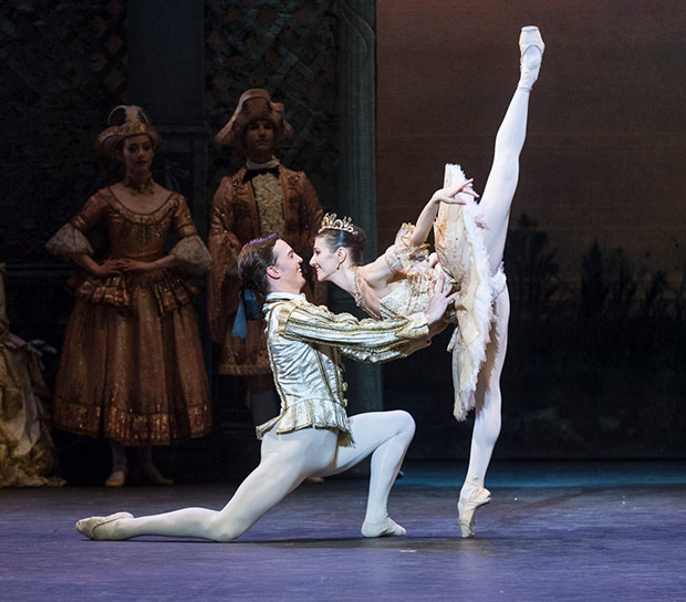 Alina Cojocaru and Joseph Caley in <I>The Sleeping Beauty</I>.<br />© Foteini Christofilopoulou. (Click image for larger version)