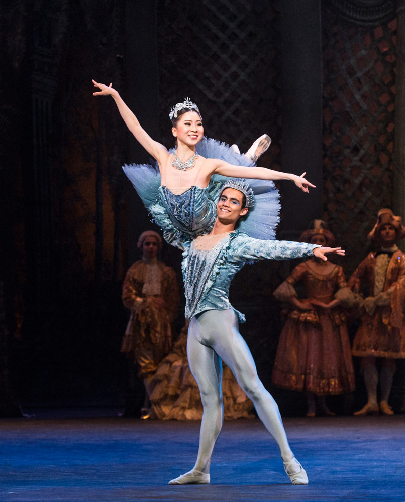 Rina Kanehara & Daniel McCormick in The Sleeping Beauty.© Foteini Christofilopoulou. (Click image for larger version)