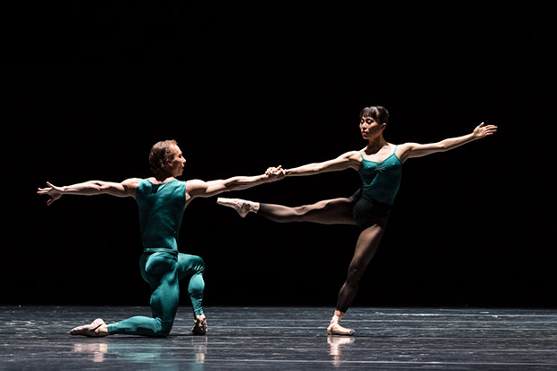 Denis Veginy and Kanako Fujimoto in <I>In the Middle, Somewhat Elevated</I>.<br />© Foteini Christofilopoulou. (Click image for larger version)