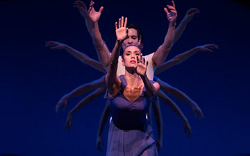 Pacific Northwest Ballet in Opus19/The Dreamer.© Angela Sterling. (Click image for larger version)