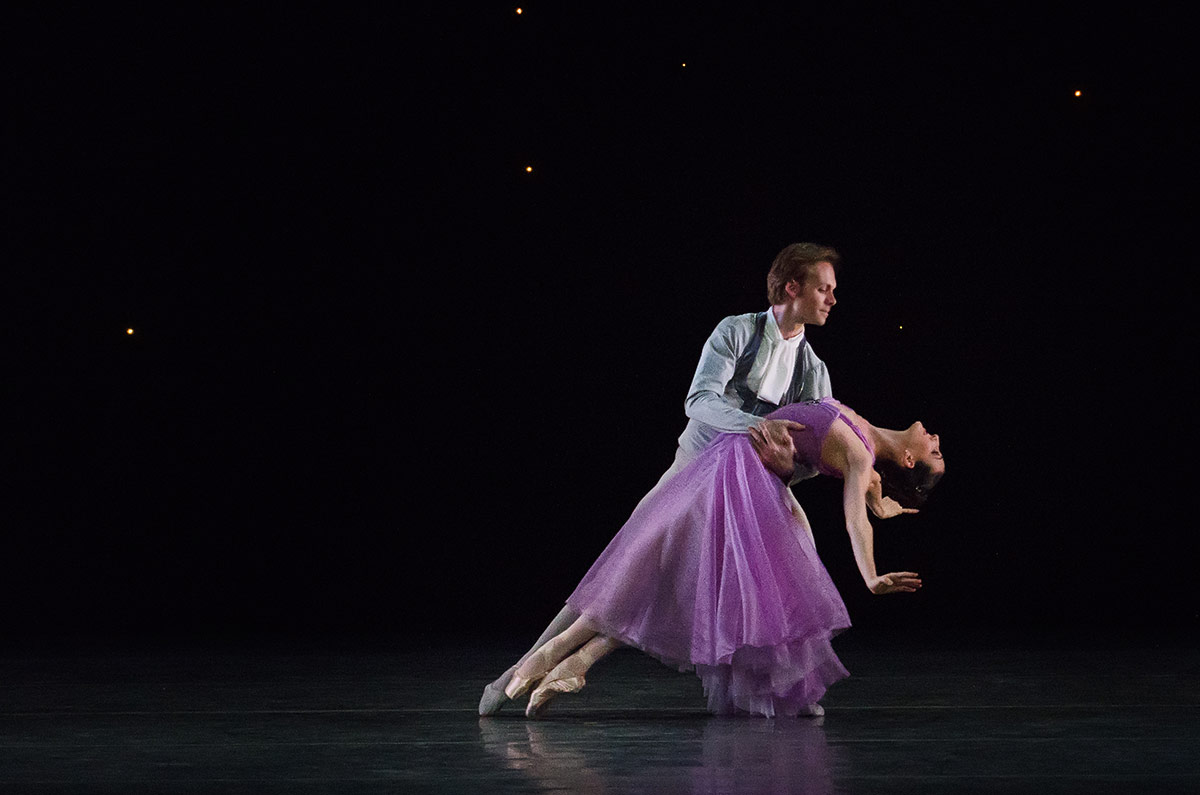 Miami City Ballet in <I>In the Night</I>.<br />© Kyle Froman. (Click image for larger version)