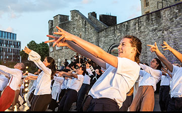 East Wall at the Tower of London - the finale choreographed by Hofesh Shechter.© Victor Frankowski. (Click image for larger version)